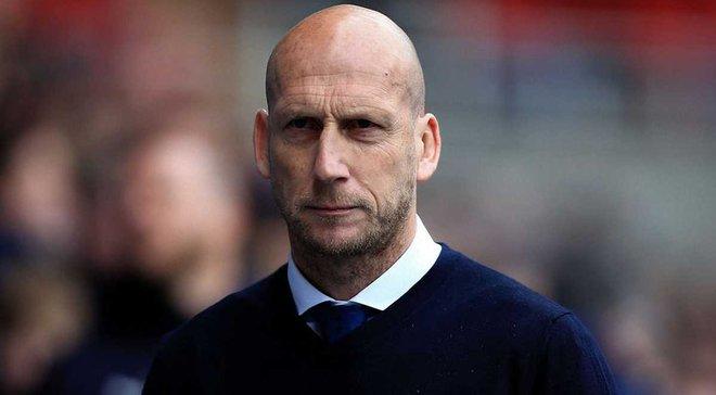 Стам звільнений з посади головного тренера Редінга