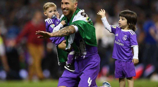 Самое милое видео дня: Рамос сыграл со своими детьми в футбол