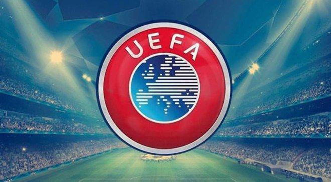 УЕФА наказал ПСЖ и Марсель за поведение болельщиков