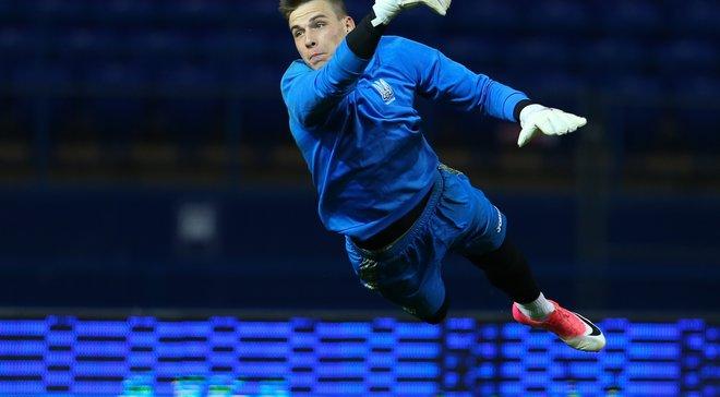 Лунин стал самым молодым вратарем в истории сборной Украины