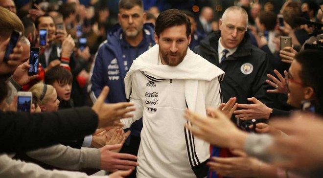 Месси сыграет в матче против Испании
