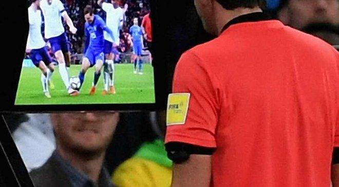 VAR вирішив долю матчу Англія – Італія і викликав черговий скандал