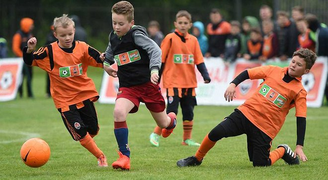 Шахтар скерує понад 130 тисяч гривень на розвиток дитячого футболу у Харкові