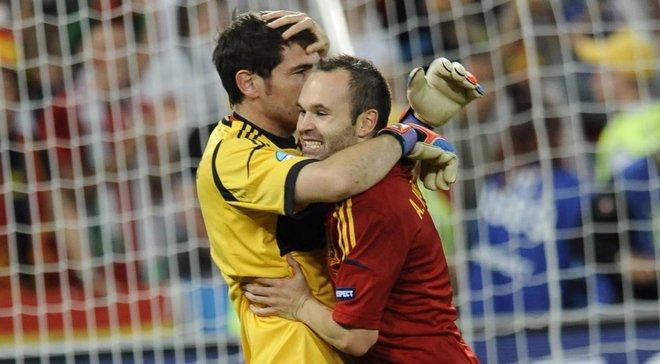 """""""Только твоя человечность превосходит твой талант"""". Как испанский футбол прощался с Иньестой"""