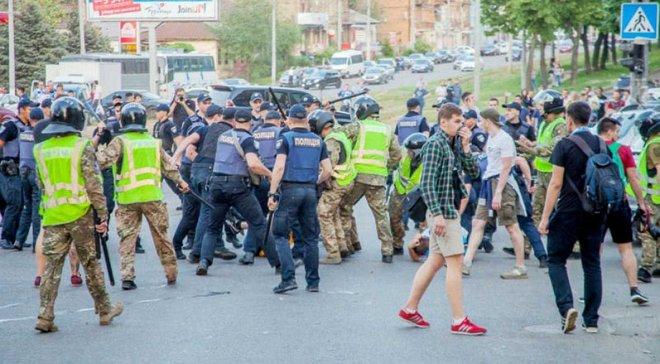 Динамо – Шахтер: полиция открыла уголовное производство по факту драки фанатов с правоохранителями