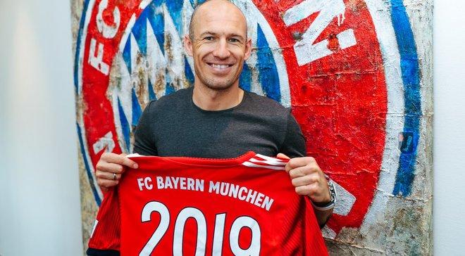 Роббен продовжив контракт з Баварією