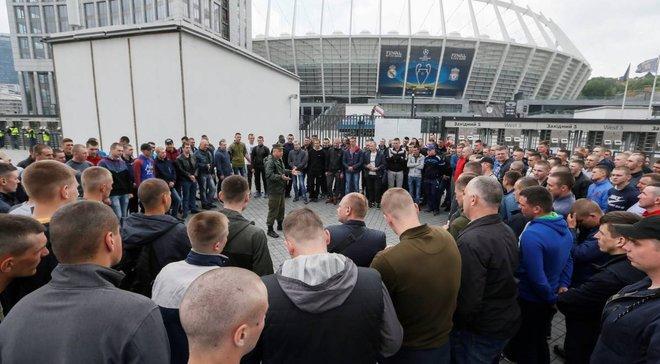 Понад 2 тисячі фанів Реала відмовились від своїх квитків на фінал Ліги чемпіонів у Києві, прості українці рятують реноме країни