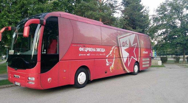 Автобус Црвены Звезды загорелся во время чемпионского парада