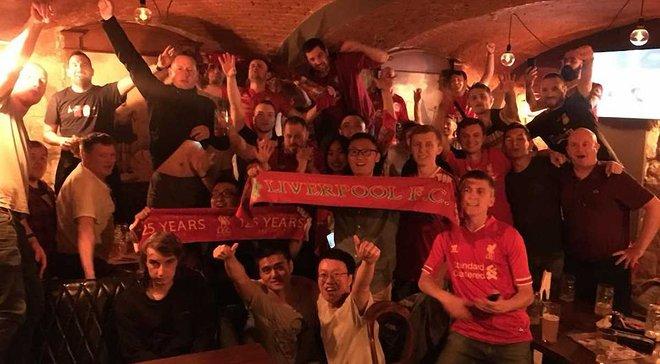 """Реал – Ліверпуль: львівські фанати """"червоних"""" влаштували божевільний прийом іноземним колегам"""