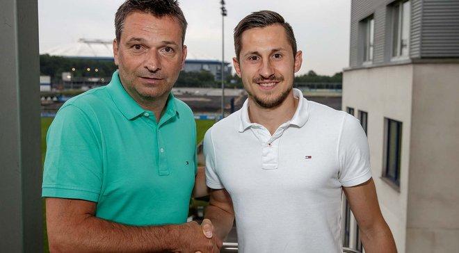 Скжибски официально стал игроком Шальке