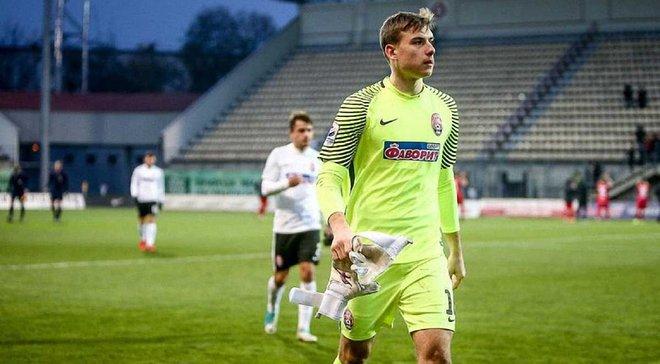 Лунин прибыл в Мадрид, чтобы подписать контракт с Реалом