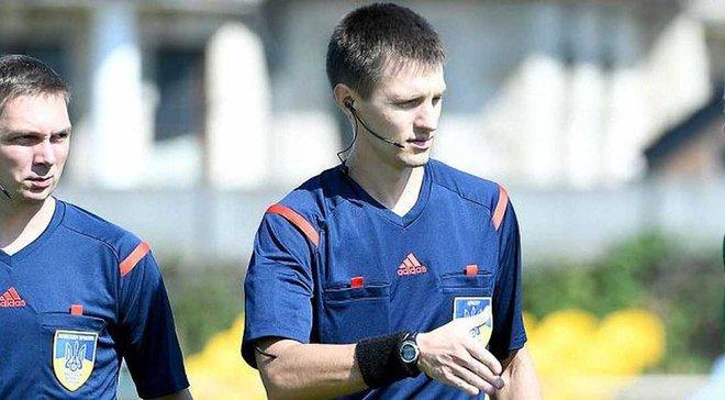 Украинский арбитр Шурман назначил два пенальти в своем дебютном матче в Лиге Европы