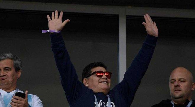 ФИФА платит Марадоне за каждый матч ЧМ-2018, который он посещает, – СМИ