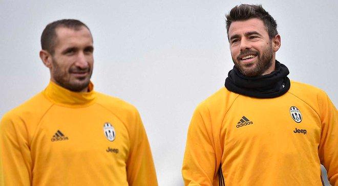 К'єлліні та Барцальї офіційно продовжили контракти з Ювентусом