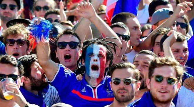 ЧМ-2018: болельщик Франции после победы над Хорватией сделал предложение своей девушке, но получил отказ