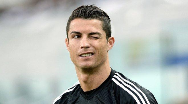 После трансфера Роналду перекупщики в несколько раз подняли цены на билеты на матч Парма – Ювентус