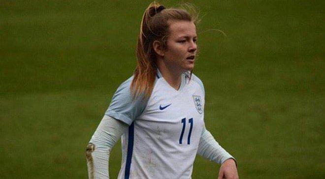 Нападающая сборной Англии забила удивительный гол ягодицами