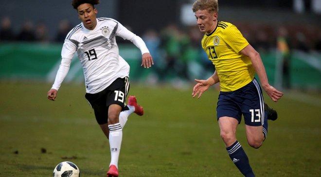 Манчестер Юнайтед хочет подписать молодого полузащитника Ганновера Майну