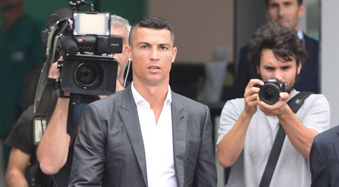 """""""Это позор и абсурд"""": почему Роналду кинул УЕФА, проиграв Модричу"""