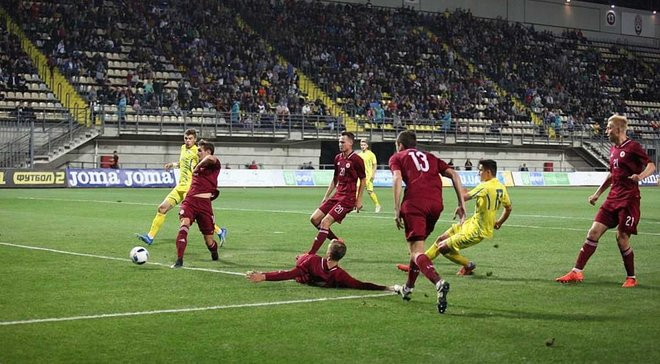Головні новини футболу 7 вересня: Україна U-21 перемогла Латвію, чеські правоохоронці відпустили наших вболівальників