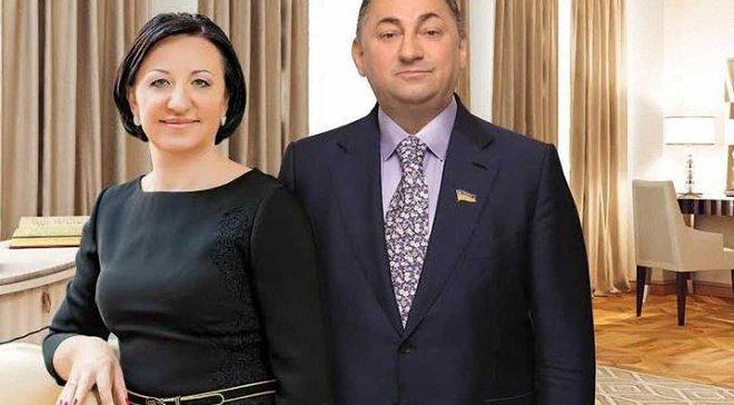 Віце-президент ФФУ може купити Карпати