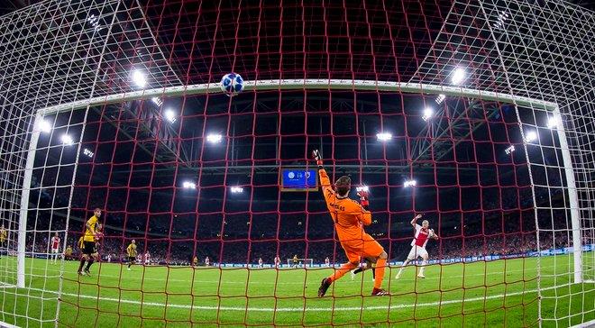 Аякс  – АЕК – 3:0 – відео голів та огляд матчу