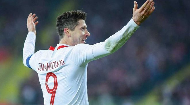 Левандовски провел 100-й матч за сборную Польши