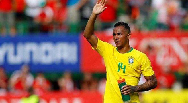 Данило травмировался в матче за сборную Бразилии