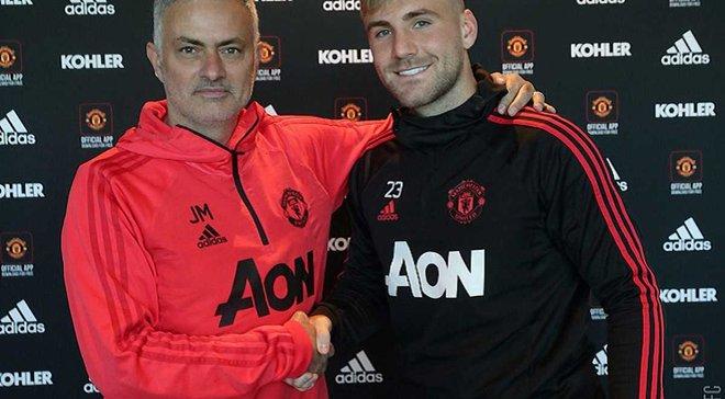 Шоу продлил контракт с Манчестер Юнайтед