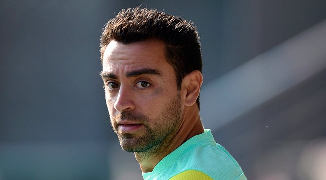 Хави собирается завершить карьеру и хочет возглавить Барселону