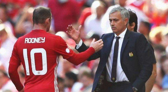 """Руні не вірить, що гравці Манчестер Юнайтед """"зливають"""" Моурінью"""