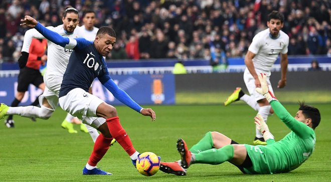 Товариські матчі: Франція здолала Уругвай, Італія обіграла США, а Бразилія – Камерун