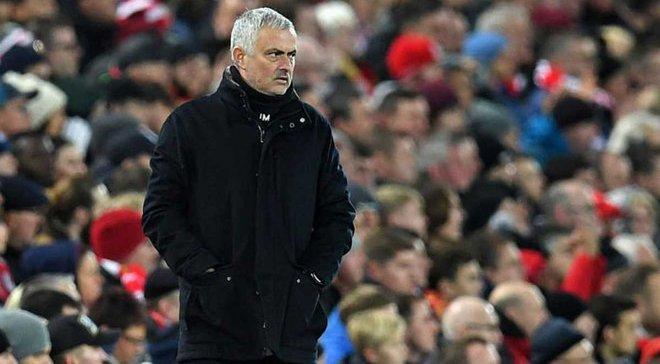 Манчестер Юнайтед уволил Моуринью из-за шантажа 4-х игроков, – СМИ