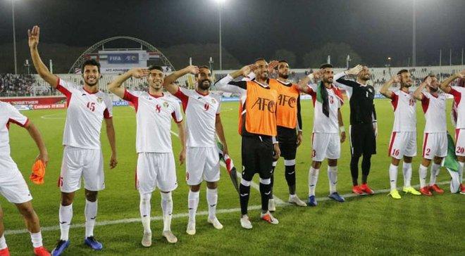 Кубок Азии: Иордания одолела Сирию и вышла в плей-офф, Таиланд и ОАЭ одержали первые победы