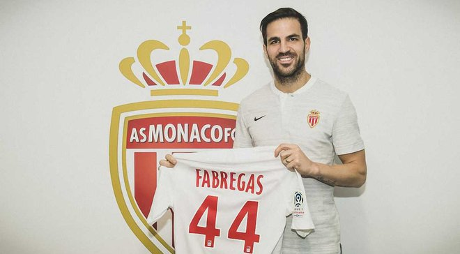 Фабрегас официально перешел в Монако