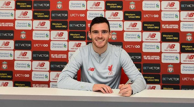 Робертсон продлил контракт с Ливерпулем