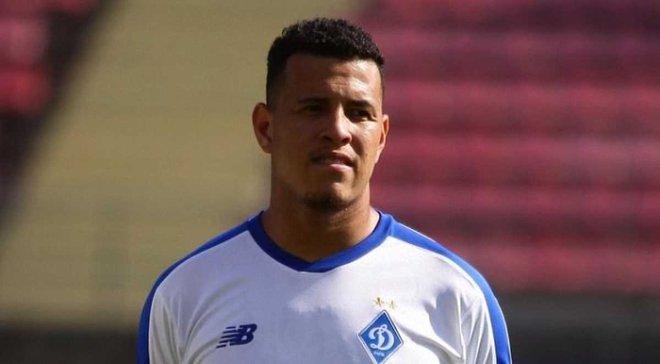 Сідклей: Я приїхав у Динамо як лівий захисник, але якщо потрібно зіграти на інших позиціях – ніяких проблем