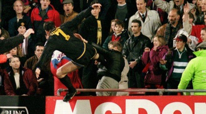 "Ровно 24 года назад ""Король Эрик"" Кантона атаковал фаната в стиле кунг-фу – ретро дня"