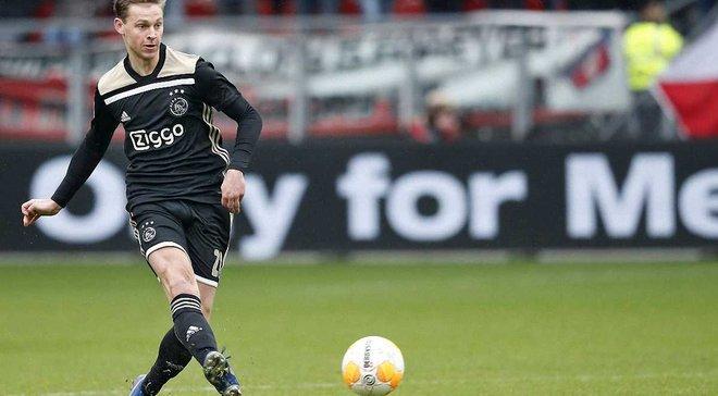Колишній клуб Соля отримає шалену суму за трансфер де Йонга в Барселону