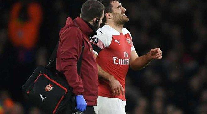 Сократис травмировался в матче против Манчестер Юнайтед – защитник выбыл на месяц