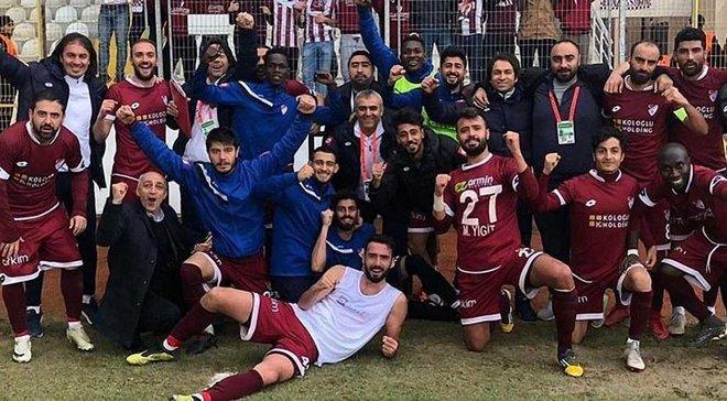 Турецький клуб підписав 22-х новачків та звільнив тренера – і все це лише за 2 години