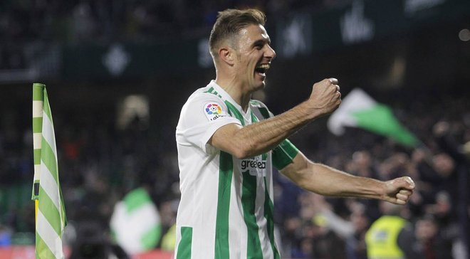 Хоакин забил гол прямым ударом с углового в матче Кубка Испании против Валенсии