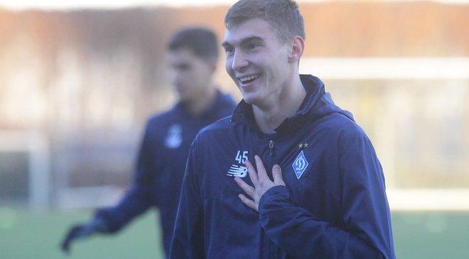 Динамо – Челсі: найкращим гравцем матчу у складі киян став Смирний, який зіграв 13 хвилин