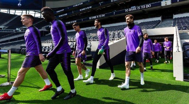 Тоттенхэм провел первую тренировку на новом стадионе – атмосферные фото