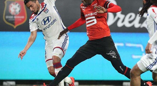 Лига 1: Лион на последних минутах победил Ренн