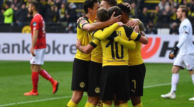 Борусія Д повернула собі перше місце, РБ Лейпциг легко обіграв Вольфсбург: 29 тур Бундесліги, матчі суботи