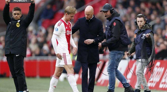 Де Йонг травмувався в поєдинку чемпіонату Нідерландів – хавбек ризикує пропустити матч-відповідь з Ювентусом в ЛЧ