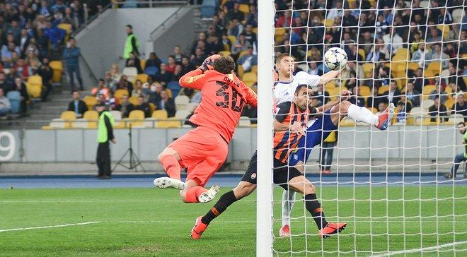 Динамо – Шахтар: Бойко відбиває пенальті, але не дає надію – тріумф катастрофічного футболу з присмаком гучного скандалу