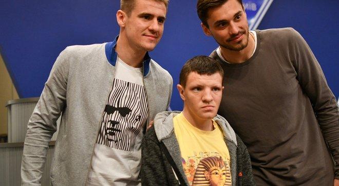 Наставник и игроки Динамо встретились с детьми, которые пострадали от последствий катастрофы на ЧАЭС