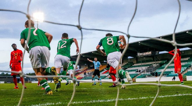 Дублінське небо вміє дурити: Голландці самі себе перехитрили, Ірландія не програла жодного матчу, але...